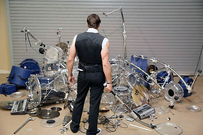 Repotnya Jadi Drummer
