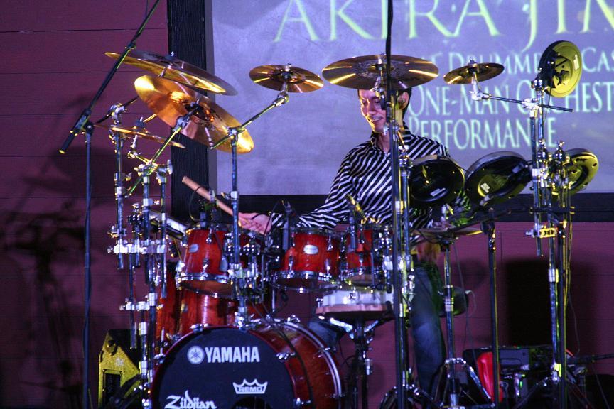 Drummer Idola