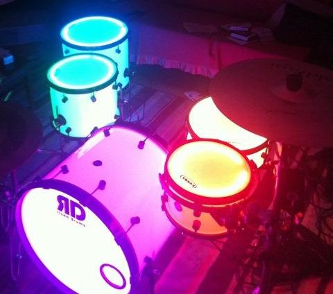 Drummer Terbaik?? Mainkan Musiknya !!